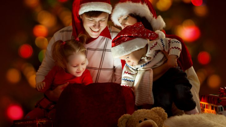 familia-natal-shutterstock_images1
